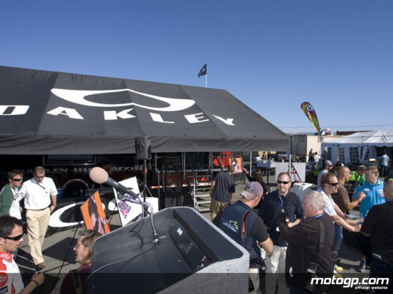 The Oakley Rolling O´Lab at Laguna Seca