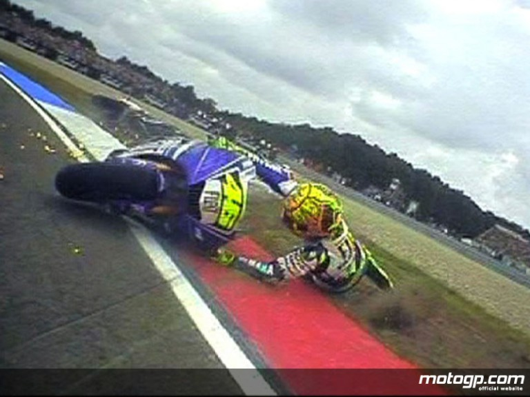 OnBoard at Assen: Valentino Rossi crashes in the early stages of the race