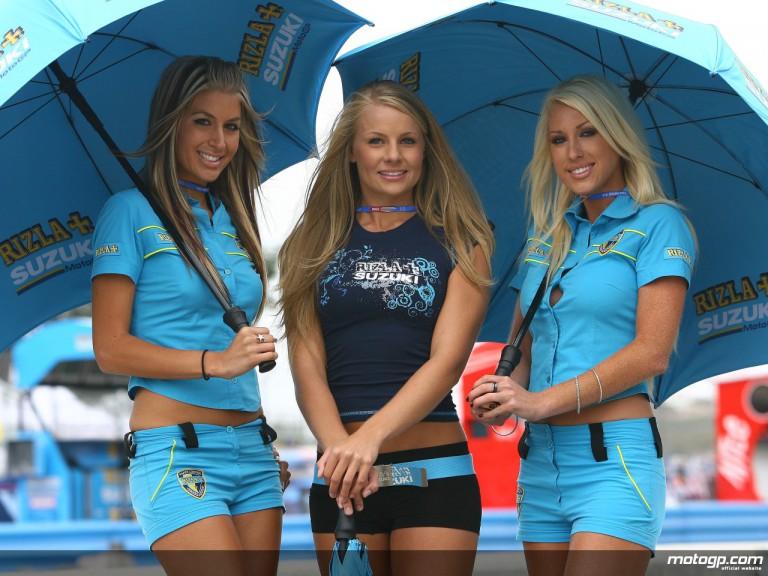 The Rizla Suzuki umbrella girls at the Red Bull US Grand Prix at Laguna Seca