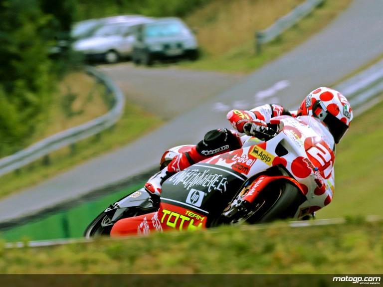 Hector Barberá in action in Brno (250cc)