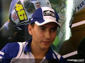 Lorenzo on slow Friday start