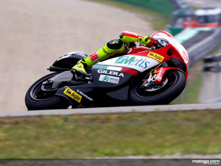 Marco Simoncelli in action in Brno (250cc)