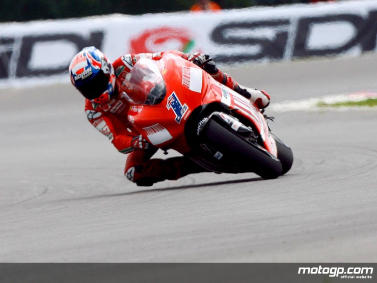 Casey Stoner in action in Brno (motoGP)