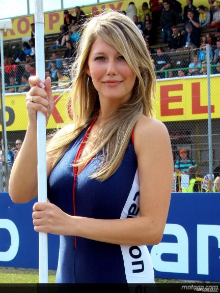 Paddock Girls - Brno 2008 - 7