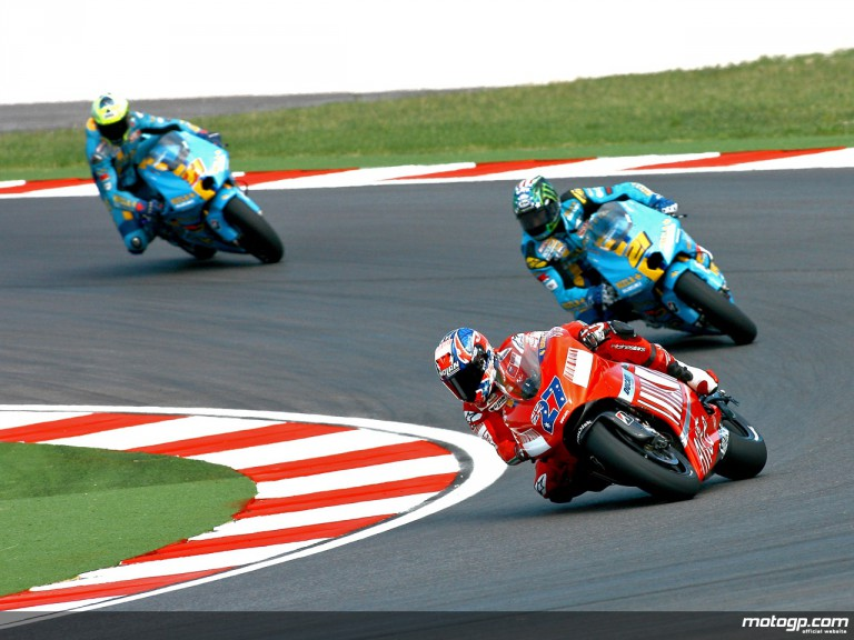 Stoner riding ahead of Hopkins and Vermeulen in Misano, 2007