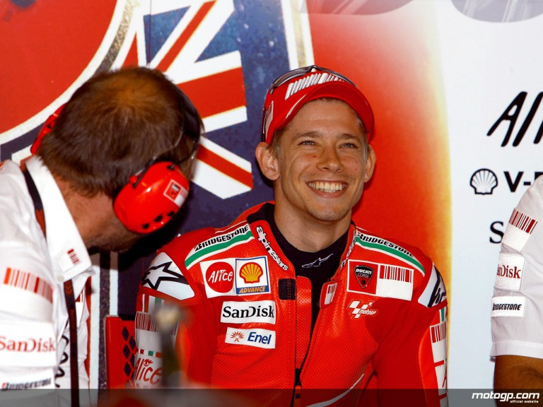 Casey Stoner in the Ducati Marlboro garage (MotoGP)