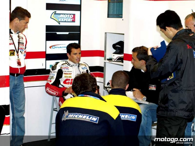 Randy de Puniet in the LCR Honda garage (MotoGP)