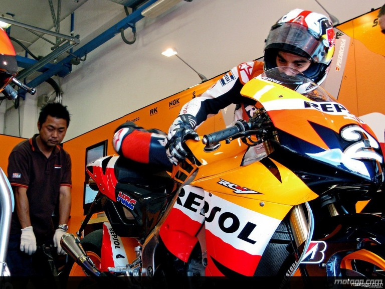 Dani Pedrosa debut run on Bridgestone tyres at Misano (box)