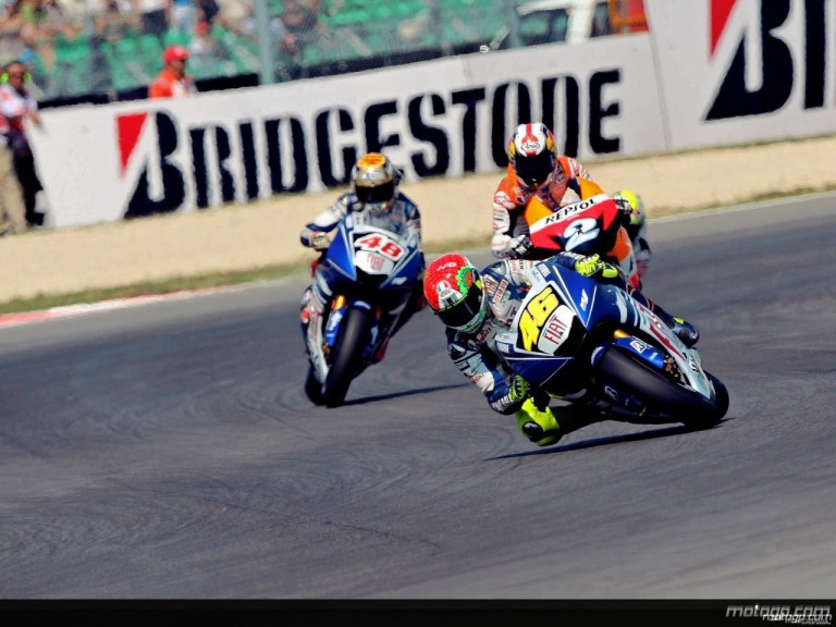 Valentino Rossi riding ahead of Lorenzo and Pedrosa in Misano (MotoGP)