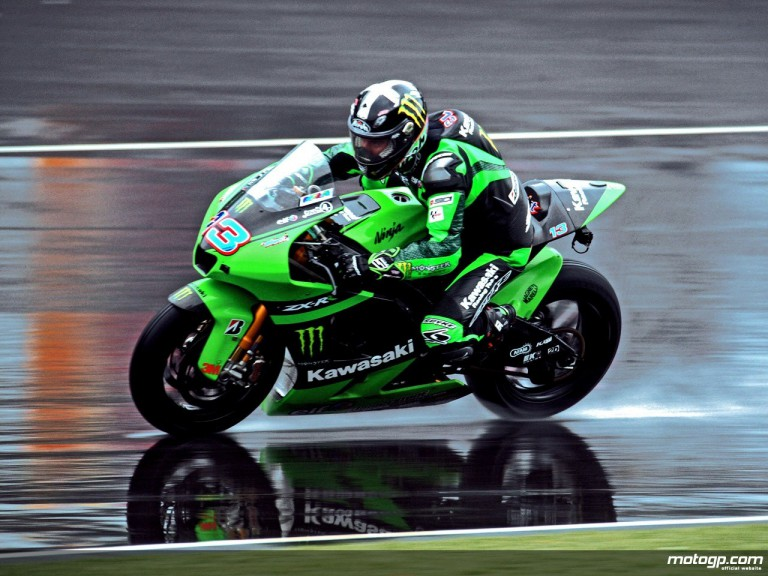 Kawasaki Racing´s Anthony West in the first free practice session at Indianapolis