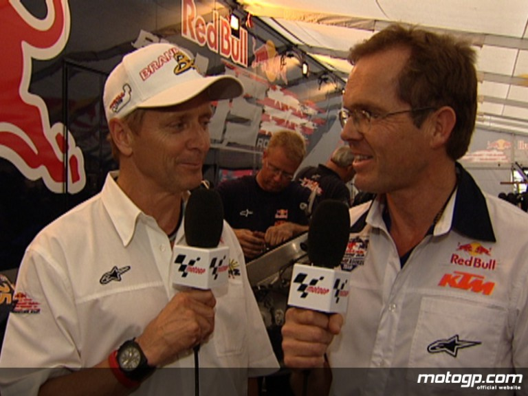 Red Bull Rookies representatives Kevin Schwantz and Peter Clifford