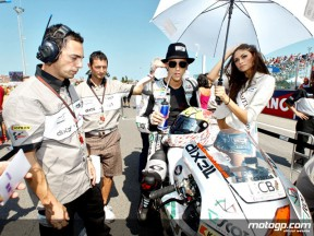 Andrea Dovizioso at the starting grid