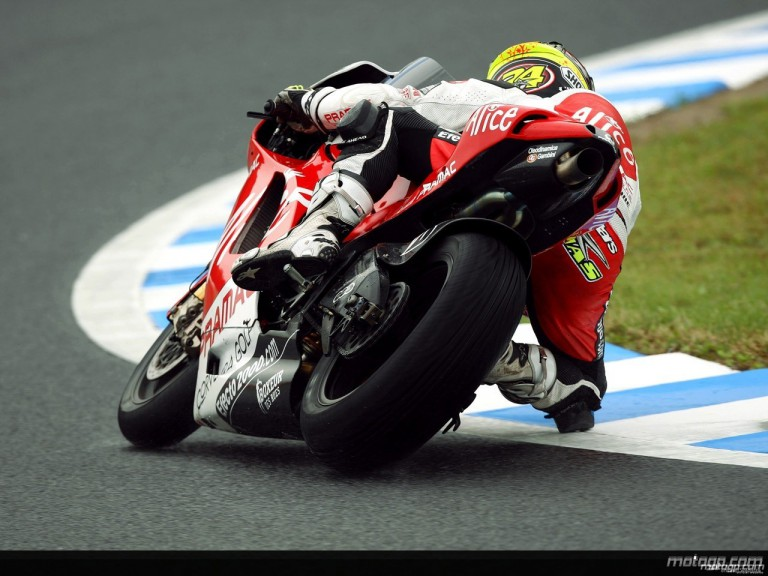 Toni Elias during practice in Motegi (MotoGP)