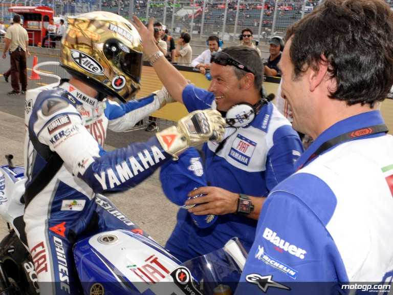 Lorenzo celebrates his fourth 2008 pole at Motegi