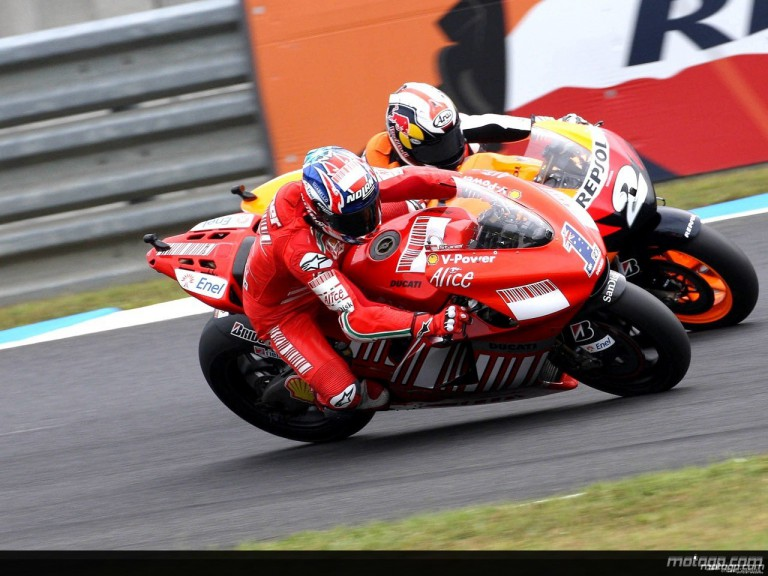 Casey Sonter riding side-by-side with Dani Pedrosa at Motegi