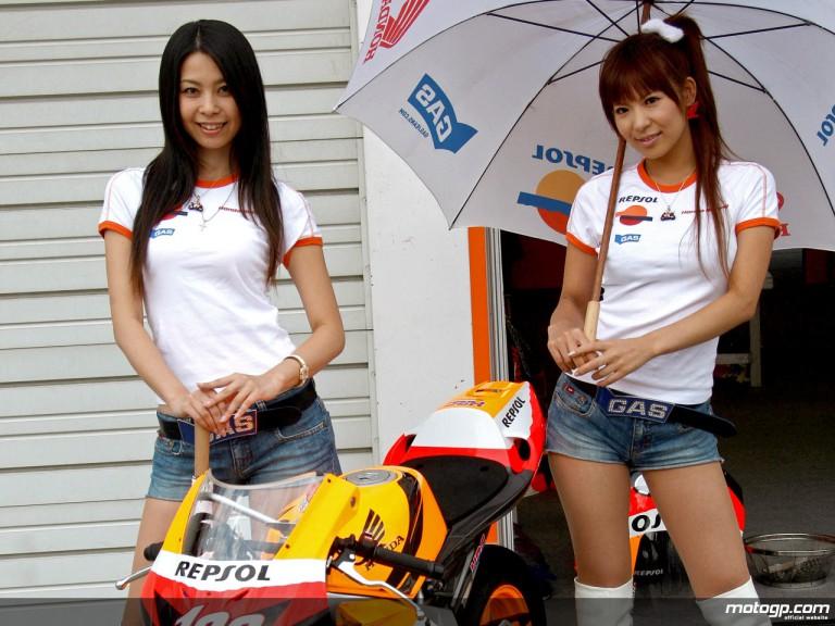 Repsol Paddock Girls in Motegi