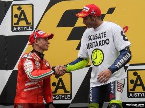 Valentino Rossi and Casey Stoner on the podium at Motegi