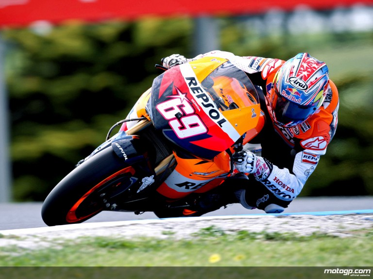 Nicky Hayden in action in Phillip Island