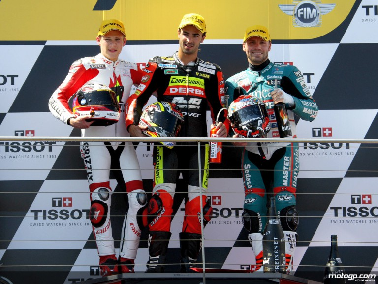 Bradl, Di Meglio and Talmacsi on the podium at Phillip Island (125cc)
