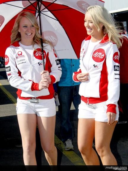 Paddock Girls - Phillip Island 2008 - 2