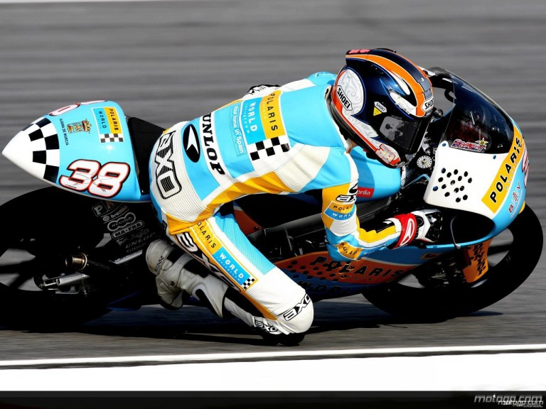 Bradley Smith in action in Sepang (125cc)
