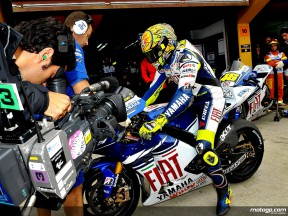 Valentino Rossi about to leaves pits