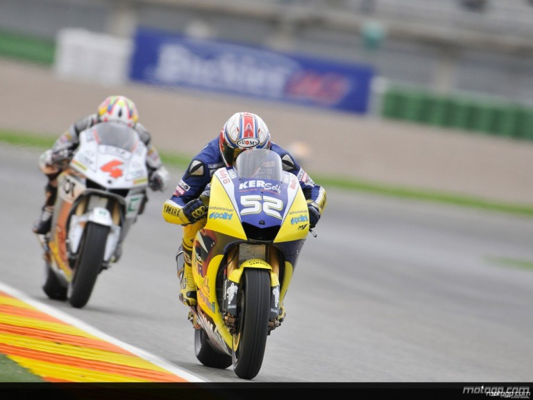 James Toseland riding ahead of Andrea Dovizioso in Valencia