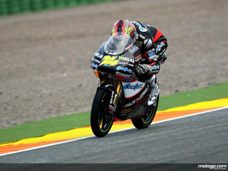 Simone Corsi in action in Valencia (125cc)