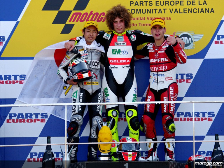 Yuki Takahashi, Marco Simoncelli and Alvaro Bautista on the podium at Valencia (250cc)