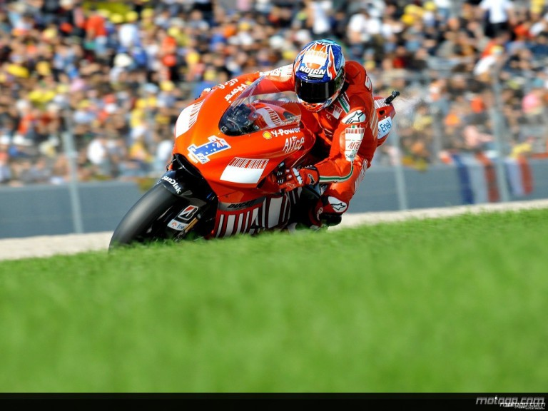 Casey Stoner in action in Valencia (MotoGP)