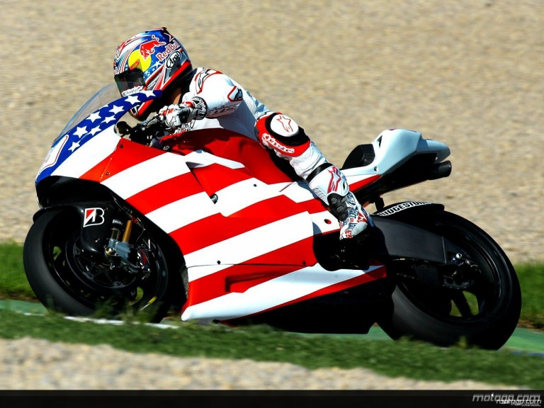 Nicky Hayden onboard specially-decorated Desmosedici GP9 in first Ducati test