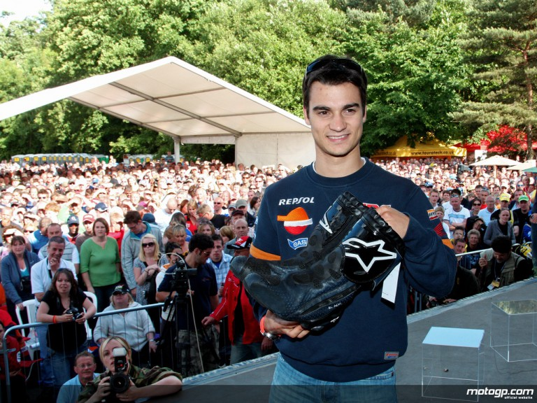 Dani Pedrosa puts boots up for auction at Donington Day of Champions