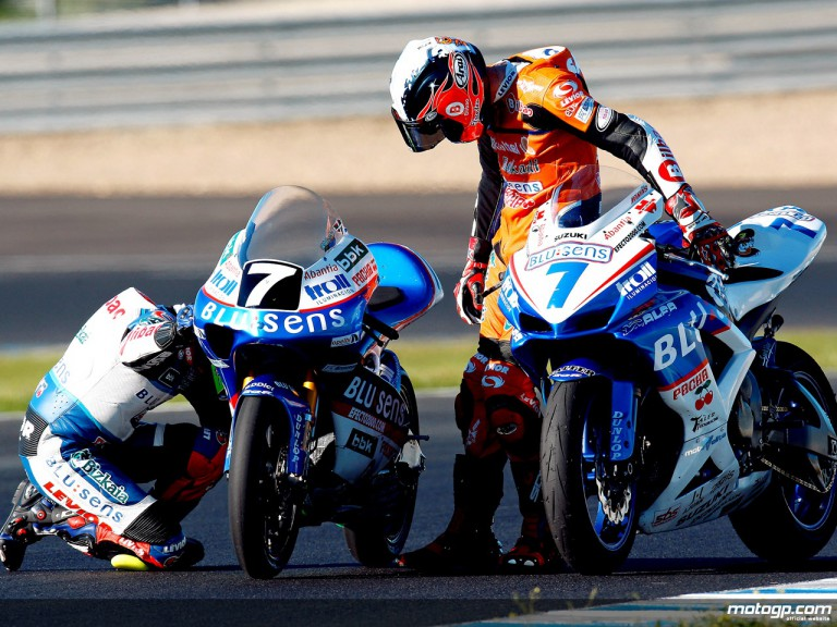 CEV 125GP champion Efren Vazquez and Olympic cycling gold medalist Samuel Sanchez testing at Jerez