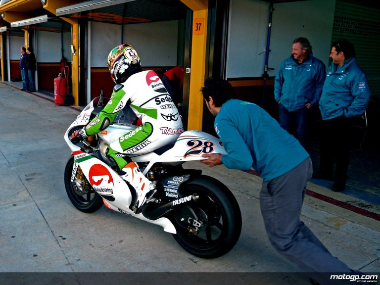 Gabor Talmacsi at first 250cc test in Valencia