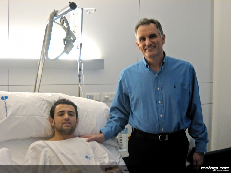 Héctor Barberá and Dr Mir at the Dexeus Hospital in Barcelona