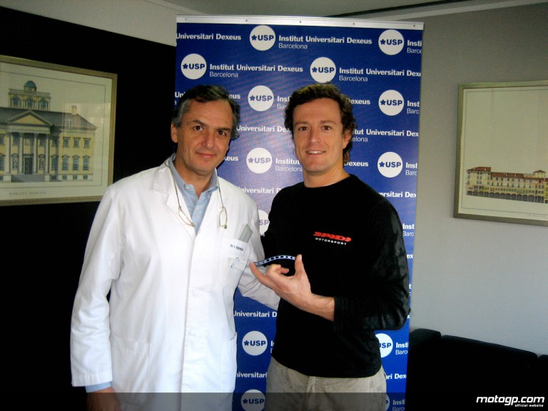 Sete Gibernau and Dr Ginebreda after his operation