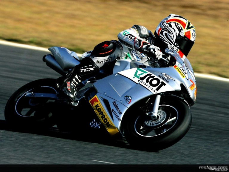 Yuki Takahashi at 2 hours race 2008 in Twin Ring Motegi