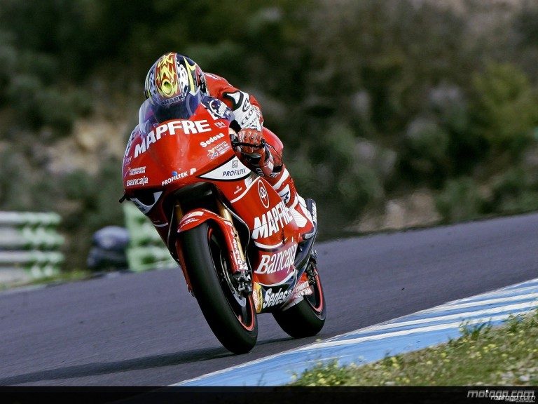 Mike di Meglio in action at Jerez Test (250cc)