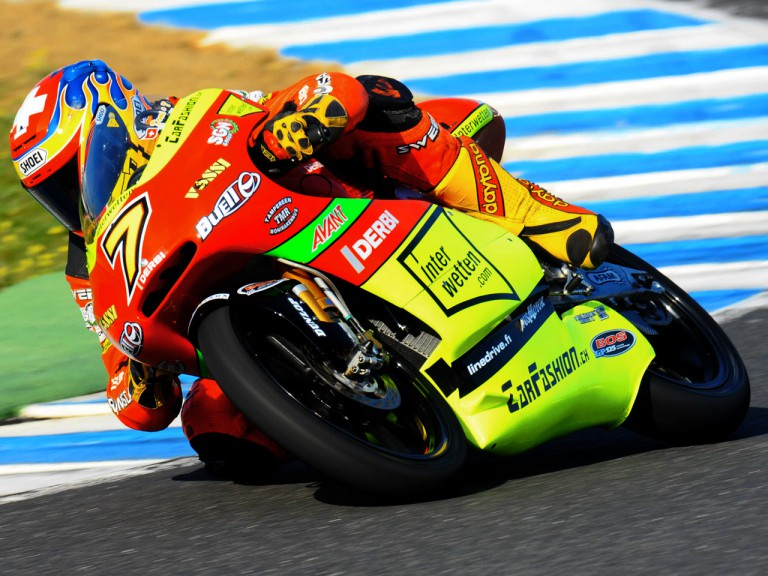 Dominique Aegerter in action in Jerez Test (125cc)