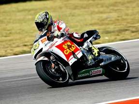 Toni Elias in action in Misano
