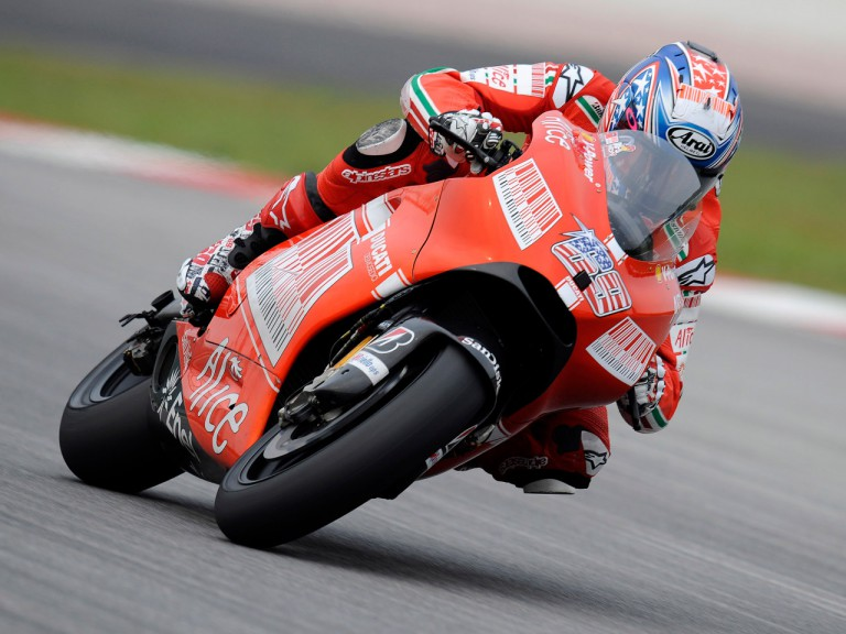 Nicky Hayden makes his debut with the official Ducati Marlboro livery at Sepang