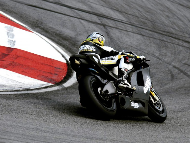 Sete Gibernau in action at Sepang test