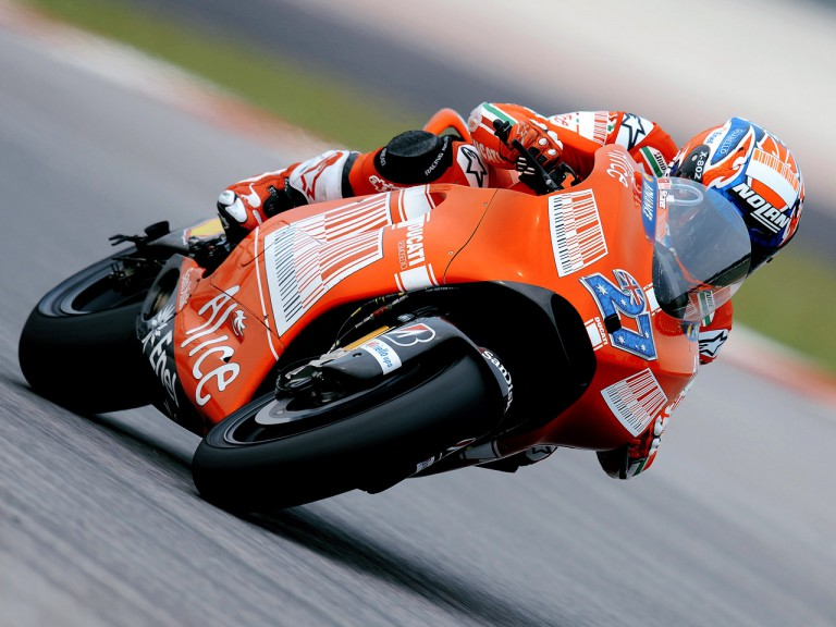 Casey Stoner on track at Sepang test