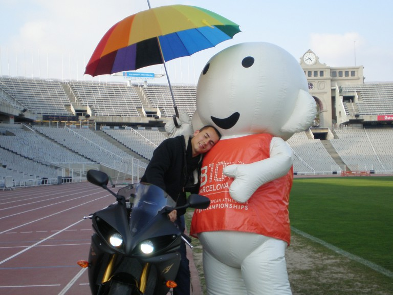 Lorenzo promotes Barcelona 2010 at Olympic Stadium