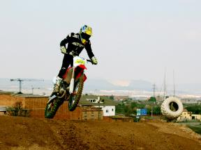 Cycling and motocross training with Toni Elias