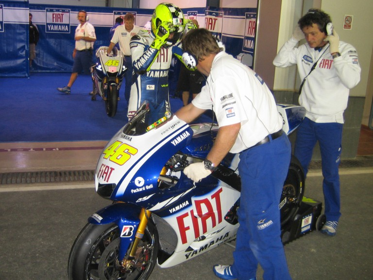Valentino Rossi set to leave the pitlane