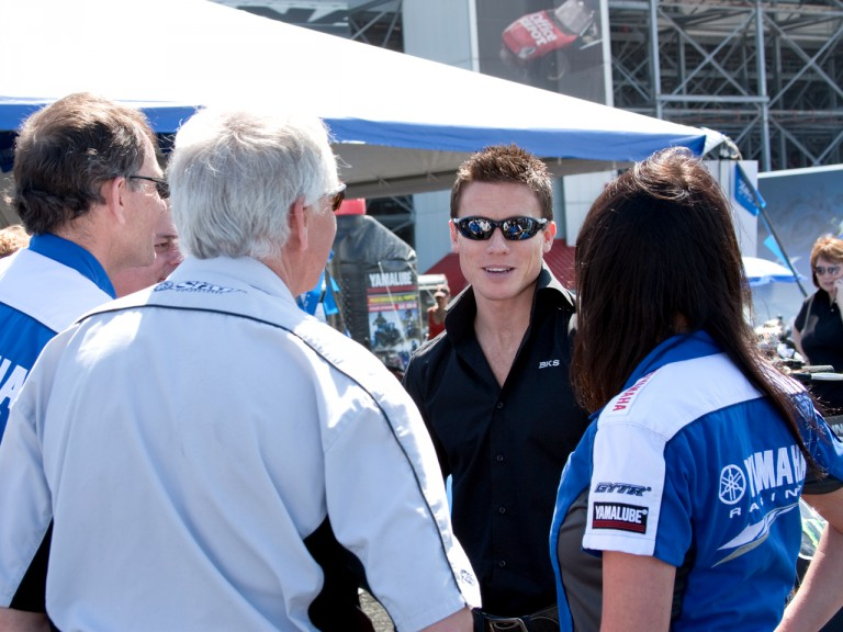 James Toseland talks to Yamaha USA management at Daytona Speedway