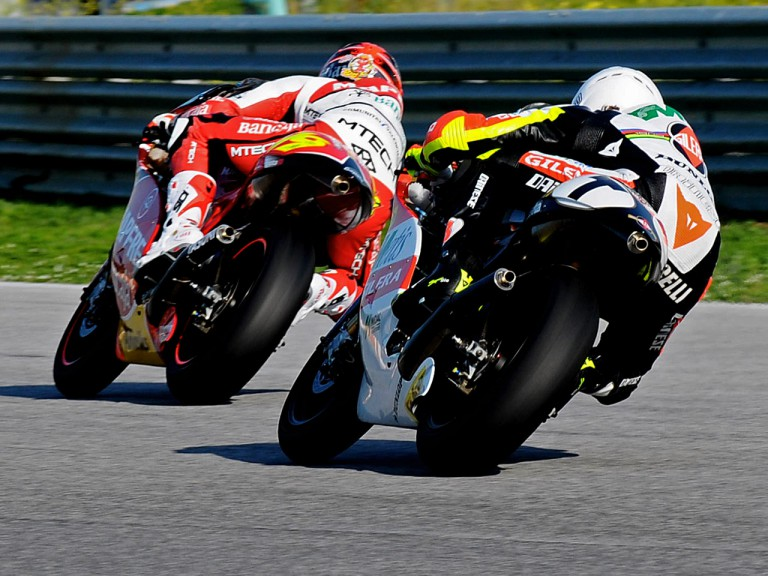 Alvaro Bautista and Marco Simoncelli on track at Estoril Test