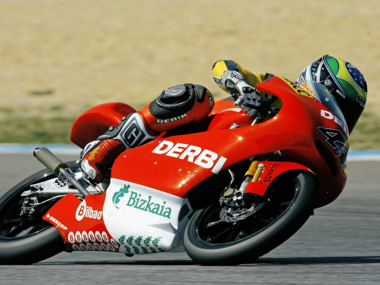 Pol Epargaró in action at Estoril Test