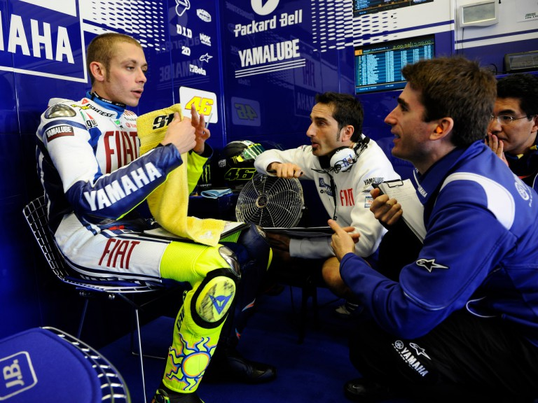 Valentino Rossi in the Fiat Yamaha garage with his crew